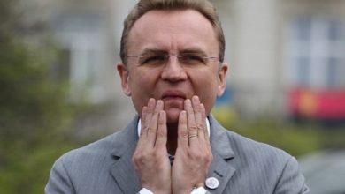 Photo of За місяць міський голова Львова заробив 80 тисяч, половина з яких – премія