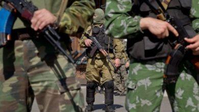 Photo of Святкували 23 лютого: Опівночі бойовики влаштували провокацію на Луганському напрямку, запустивши 20 снарядів в ЗСУ