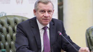 Photo of Смолій в січні тричі отримав зарплату на суму майже 600 тис. грн
