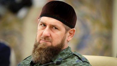Photo of У Чечні затримали та побили 25 людей за мем з Кадировим в одязі православного священника