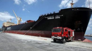 Photo of На сході Лівії Хафтар перекрив всі порти і наказав припинити відвантаження нафти