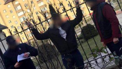 Photo of На Львівщині на хабарі спіймали 29-річного поліцейського