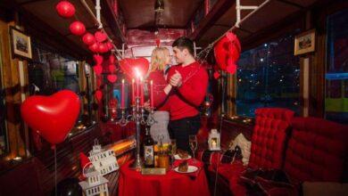 Photo of Львівелектротранс показав «трамвай любові», де подарували побачення закоханим