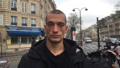 Photo of У Франції затримали російського художника, що злив секс-відео екскандидата у мери Парижа