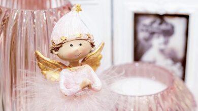 Photo of День Ангела Валентини: картинки і привітання у прозі та віршах