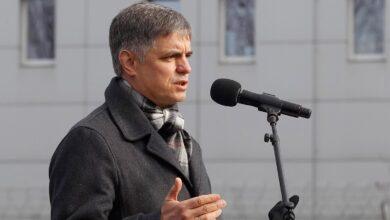 """Photo of Україна готує план """"Б"""" щодо Донбасу: нові подробиці від Пристайка"""