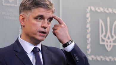 Photo of Пристайко про ймовірний обмін послами України і Росії: Політично говорити немає про що