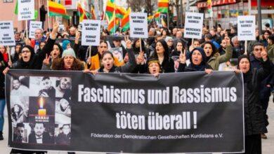 Photo of У німецькому місті Ханау, де екстреміст вбив членів міграційної громади, пройшла акція протесту проти фашизму та расизму