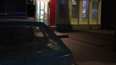 Photo of У Сумській області хлопець розібрав дах магазину, щоб пограбувати його