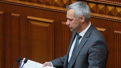Photo of Україна без генпрокурора: якими будуть наслідки звільнення Рябошапки