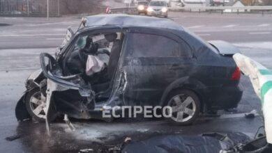Photo of У Києві інкасаторський бус зіштовхнувся з легковиком: є загиблі – фото