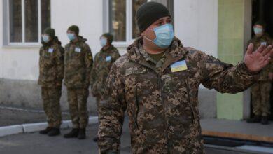 Photo of Чи є хворі на коронавірус серед українських воїнів: у ЗСУ відзвітували про ситуацію