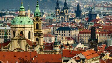 Photo of У Чехії ввели жорсткіші заходи карантину, літнім людям виділили окремі години для покупок