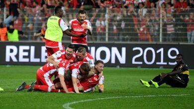 Photo of Футболісти німецького клубу відмовились від зарплат, щоб допомогти команді
