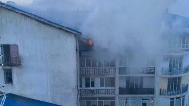 Photo of В Одесі горить житловий будинок: фото, відео