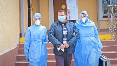 Photo of Найбільше на коронавірус в Україні хворіють люди віком від 30 до 60 років, – ЦГЗ