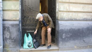 Photo of Потребуючих львів'ян безкоштовно забезпечують продуктовими наборами