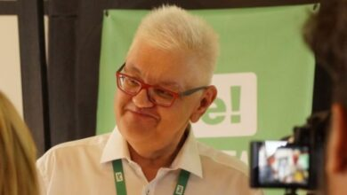 """Photo of Сивохо про звільнення: Ми з Ткаченком не засмутилися через втрачені """"корочки"""", але хвилюємося про загублений Донбас"""