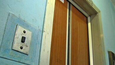 Photo of Кияни скаржаться, що у будинках почали відключати вантажні ліфти