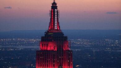 Photo of Серцебиття Америки: Емпайр-стейт-білдінг підсвітили червоно-білими вогнями на честь медиків