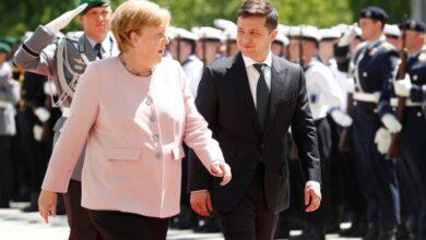 Photo of Зеленський і Меркель домовилися перенаправити 150 млн євро кредиту від Німеччини на боротьбу з коронавірусом