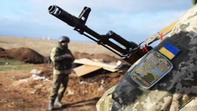 Photo of Окупанти тричі обстріляли українських військових на Донбасі. Втрат немає