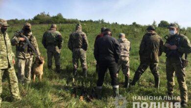 Photo of На Старосамбірщині поліцейські вилучили у шести мисливців рушниці