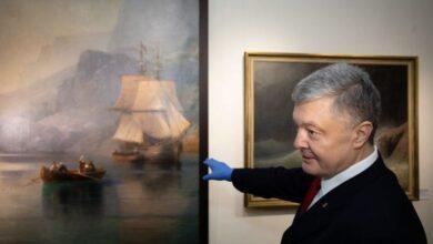 Photo of Картини Порошенка. Експрезидент попросив музей про виставку після того, як його викликали на допит