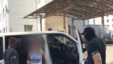 Photo of У Львові затримали слідчу поліції, котра продавала персональні дані