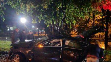 Photo of На Чорновола «Ауді» врізався у дерево: загинули двоє людей