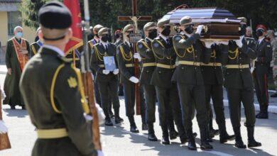 Photo of Львів попрощався із військовим Сергієм Тимощуком, якого шість років вважали зниклим безвісти