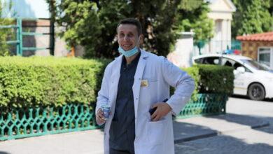 Photo of Лікар-інфекціоніст Ігор Берник: «Найважче, коли помирають пацієнти. В такі моменти відчуваєш себе безсилим»
