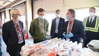 Photo of ЄС передав партію масок і термометрів українським медикам