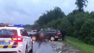 Photo of На Пустомитівщині Volkswagen влетів у відбійник: загинув водій