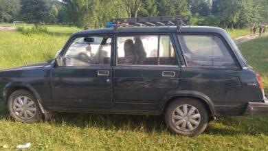 Photo of на Скольщині на березі озера п'яний водій збив двох відпочивальників