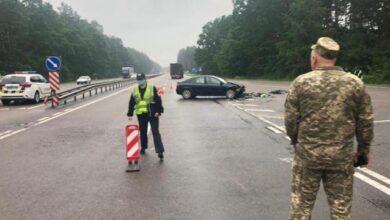 Photo of Мікроавтобус не поступився дорогою: на Львівщині в ДТП загинули дві людини