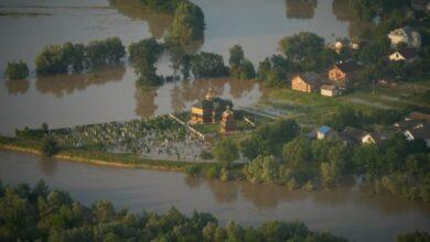 Photo of Наслідки повені на Західній Україні: зруйновані 150 км дорог, у воді тисячі будинків