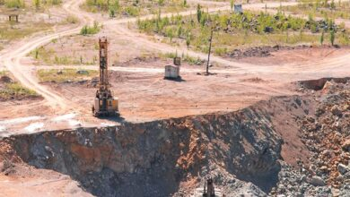 Photo of Нажилися майже на 1 млрд грн: посадовців Укрзалізниці підозрюють у видобутку граніту
