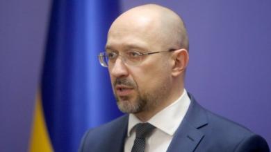 Photo of Вдев'ятеро більше мінімалки – скільки заробляє прем'єр-міністр України