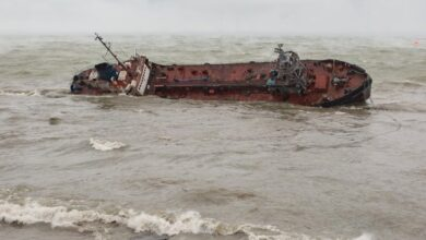 Photo of Аварія танкера Delfi: пляж Дельфін в Одесі закрили для відпочивальників