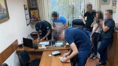 Photo of $2 500 за мовчання: в Одесі двоє поліцейських кришували проституцію