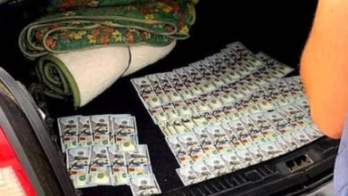 Photo of Поліцейського впіймали у Дрогобичі на хабарі у 8 тисяч доларів