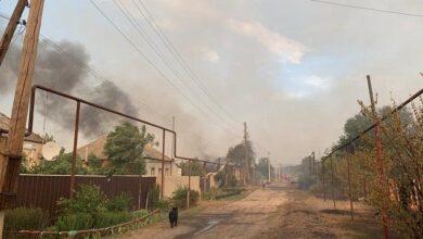 Photo of Пожежа на Луганщині: озвучено три версії причин загоряння