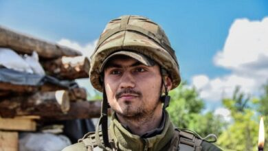 Photo of Зеленський присвоїв звання Героя України загиблому на Донбасі офіцеру