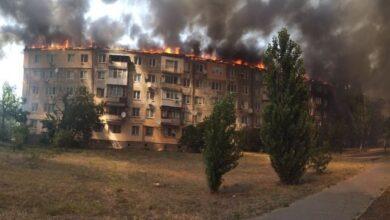 Photo of У Новій Каховці горить п'ятиповерхівка