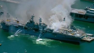 Photo of Через чотири дні: пожежу на кораблі ВМС США вдалося загасити