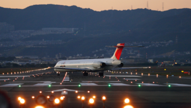 Photo of Блискавка влучила у фюзеляж: японський літак здійснив аварійну посадку