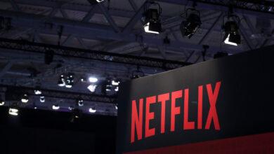 Photo of Netflix знімає свій перший фільм в Україні. В головній ролі – Жан-Клод Ван Дам