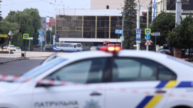 Photo of Захоплення заручників у Луцьку: у центрі міста прогриміли три вибухи