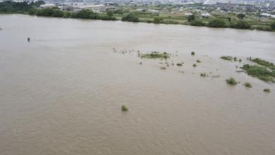 Photo of Повінь в Японії: злива змила кілька будинків та міст, триває евакуація
